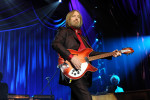 Singer Tom Petty died of accidental drug overdose, medical examiner says