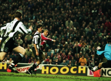 Stan Collymore scores his famous winner.
