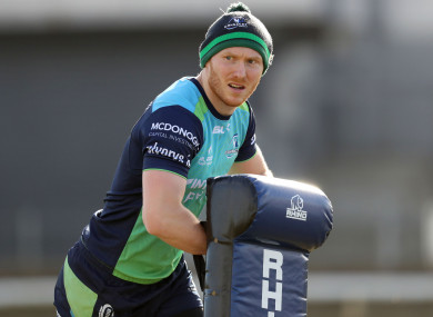 Winger Rory Scholes has signed a new deal with Connacht.