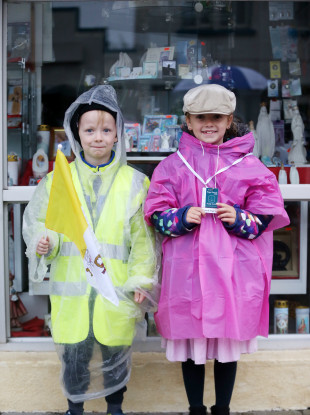 Paddy (6) and Molly Hunt (8) from Co Mayo waiting to see the pope at Knock Shrine this morning.