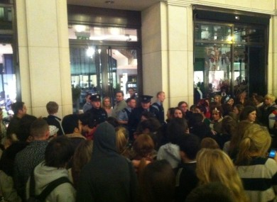 Hundreds crowd around Brown Thomas on Grafton Street, where it was rumoured that Justin Bieber was shopping there last night.