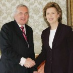 McAleese dissolves the 29th Dáil ahead of the May 2007 elections.   (Photocall Ireland)