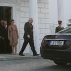 Bertie Ahern leaves Aras an Uachtarain in Dublin, after tending his resignation as Taoiseach to Irish President Mary McAleese on 6 May 2008.