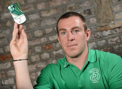 Richard Dunne with his new Samsung Galaxy Mini, complete with FAI cover.