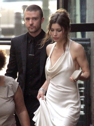 Justin Timberlake Wedding.Timberlake Apologises For Homeless Wedding Congrats Video