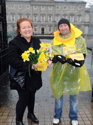 Irish Cancer Society Daffodil Day volunteers, braving the rain to help raise vital funds for those with, and affected by cancer, in Ireland.