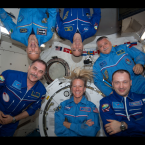 In the bottom half of this photo, left to right, are Vinogradov and Flight Engineers Karen Nyberg of NASA and Misurkin. In the top half of the photo are, left to right, Flight Engineers Luca Parmitano of the European Space Agency, Cassidy, and Yurchikhin. <span class=