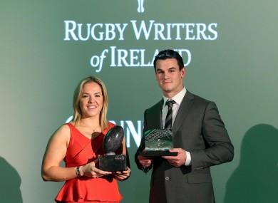 Niamh Briggs and Jonathan Sexton picks up their awards.