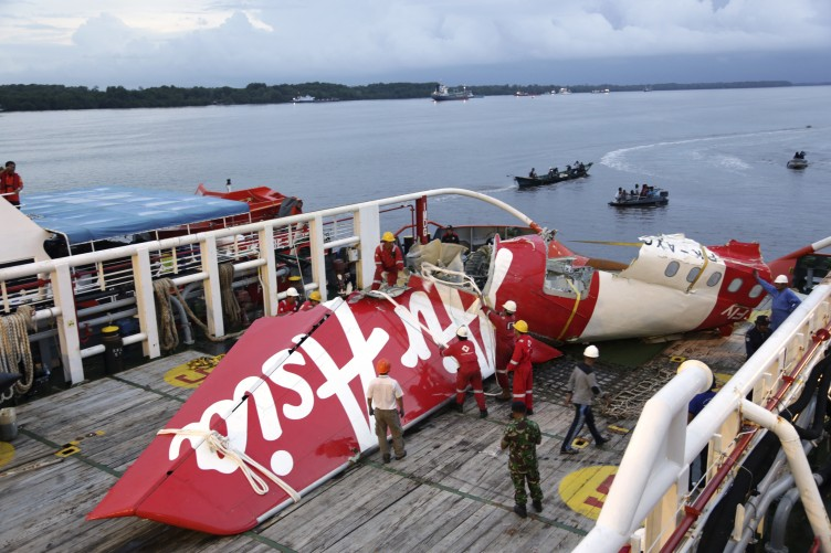 28 Desember dalam Sejarah: Air Asia QZ8501 Jatuh ke Laut Jawa Menewaskan 162 Penumpangnya