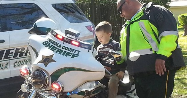 No one showed up to this little boy's birthday party, but his local community had his back