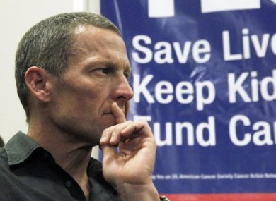 The report says that UCI officials favoured Lance Armstrong.