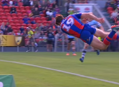 Mamo flew through the air to keep the ball in play.