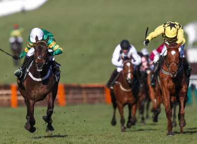 Buveur D'air claims today's feature race.