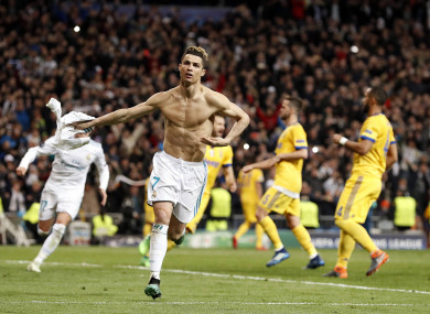 2f6e750cd Incredible late drama as Ronaldo s last-gasp penalty sends Real ...