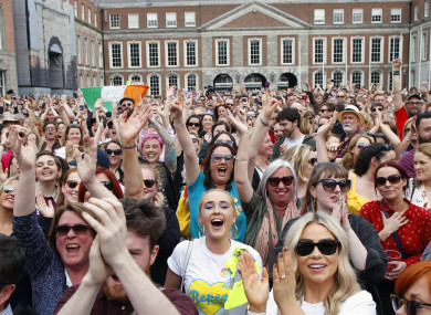 The crowd in Dublin Castle