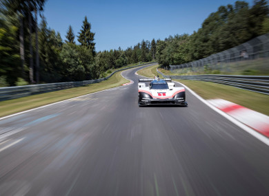 Porsche 919 Hybrid Evo smashes 35,year old lap record for
