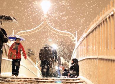 The Ha'penny Bridge in Dublin during a blizzard (File photo)