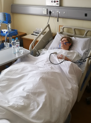 Lesley-Anne Stephens travelled to the UK to have a mesh removal surgery last year.