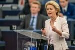 Ursula von der Leyen addressing European parliamentarians