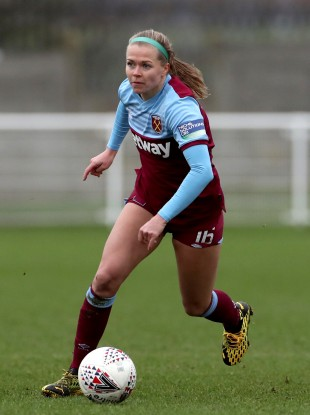 Ruesha Littlejohn on the ball for West Ham on Sunday.