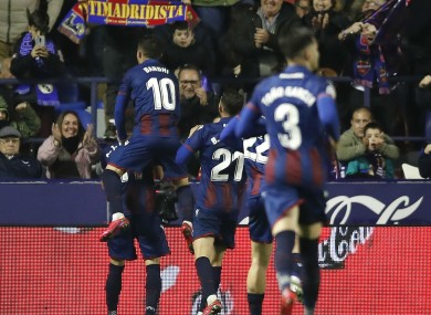 Levante celebrate the winning goal from Jose Luis Morales