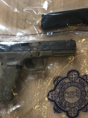 An images of the pistol shared by gardaí.