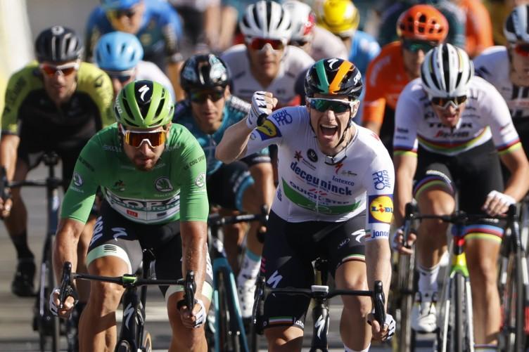 Ireland S Sam Bennett Wins Stage 10 To Regain Tour De France Green Jersey