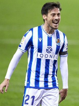 David Silva opened his account in Spain,