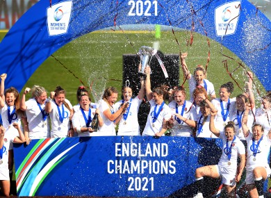 England celebrate their Six Nations title.