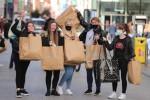 Shoppers on Henry Street in Dublin.