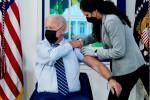 US President Joe Biden receives a booster shot