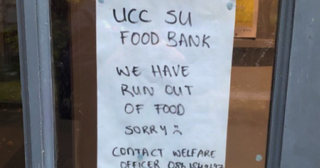 Colleges around the country say that some students are having to rely on food banks to get by