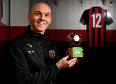 Georgie Kelly with his SSE Airtricity/SWI Player of the Month Award for September.